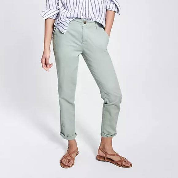 6d28cae731 GAP Pants | Linen Girlfriend Chinos In Desert Sage Sz 2 | Poshmark